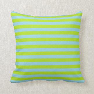 Cojín Decorativo Verde lima y rayas azules en colores pastel