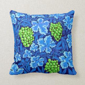 Cojín Decorativo Vid de William Morris, azul de cobalto