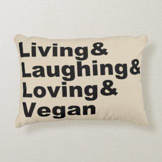 Cojín Decorativo Vida y risa y amor y vegano (negro)