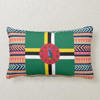 Cojín Lumbar Caja colorida de la bandera de Dominica