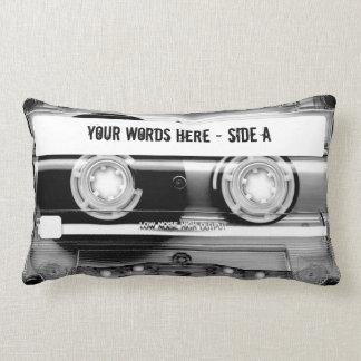 Cojín Lumbar Cinta de casete Mixtape (personalizado)