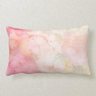Cojín Lumbar Fondo floral rosado de la acuarela
