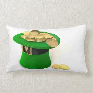 Cojín Lumbar Gorra del Leprechaun llenado de oro