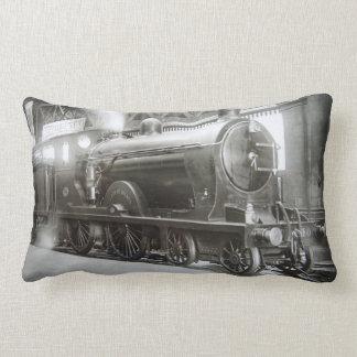 Cojín Lumbar Locomotora de vapor (señora de Avenal)
