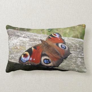 Cojín Lumbar Mariposa de pavo real