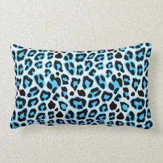 Cojín Lumbar Modelo azul y negro del estampado leopardo