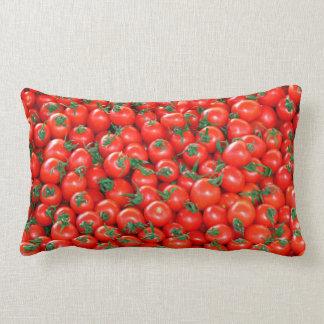 Cojín Lumbar Modelo rojo de los tomates de cereza