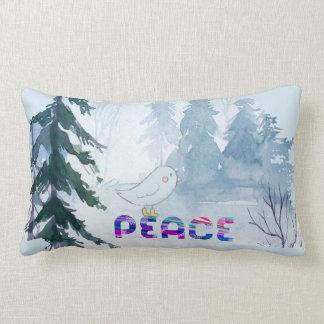 Cojín Lumbar Pájaro lindo que se sienta en paz en invierno