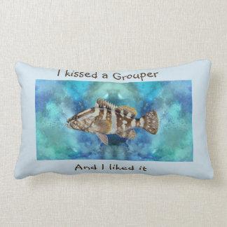 Cojín Lumbar Pescador masculino del regalo del papá del regalo