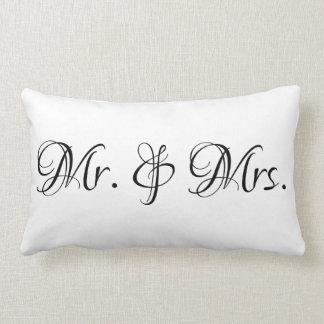 Cojín Lumbar Sr. y señora Customizable Pillow