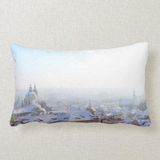 Cojín Lumbar Tejados del invierno de Praga