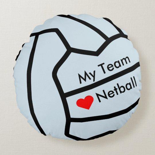Cojín Redondo Corazón del Netball del amor y diseño de la bola