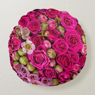 Cojín Redondo Imagen rosada bonita de la flor