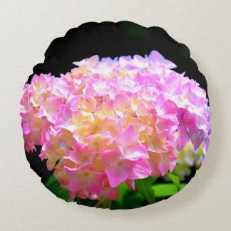 Cojín Redondo Susurro del rosa de la mañana - Hydrangea