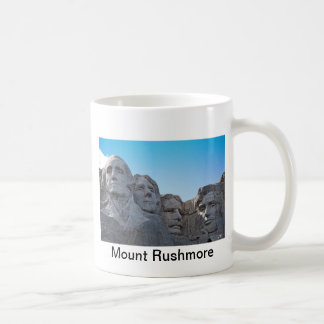 Colección del monte Rushmore Taza Básica Blanca