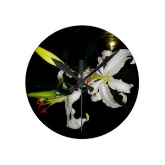 Colección irlandesa de la flor del Diseño- Reloj Redondo Mediano