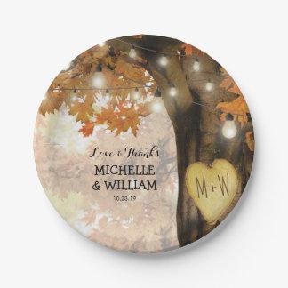 Colección rústica del boda del árbol del otoño de plato de papel