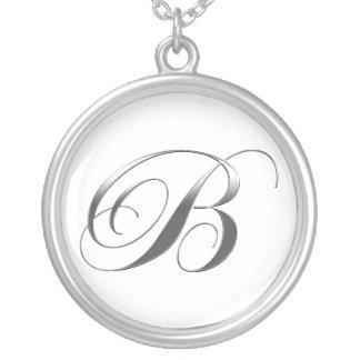 Colgante del monograma de B