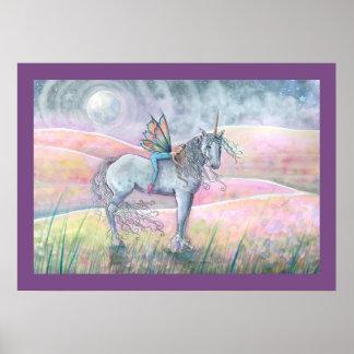 Colinas del unicornio del encantamiento y del arte