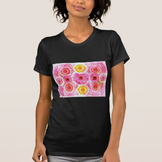 Collage de la flor del ZINNIA - transformaciones a Camisetas