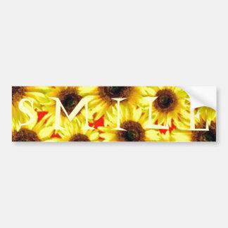 Collage floral macro del girasol alegre soleado pegatina de parachoque