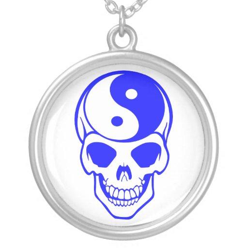 Collar blanco/azul del cráneo de Yin Yang