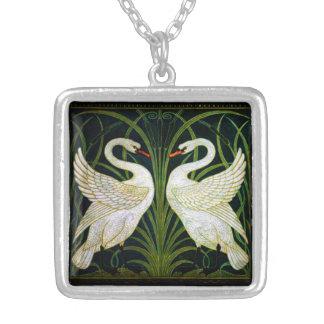 Collar blanco del cisne de Nouveau del arte