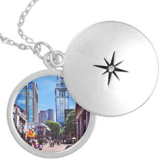 Collar Con Colgante Boston mA - Mercado de Quincy