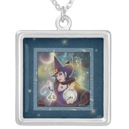 Collar cuadrado de plata azul de la bruja mágica
