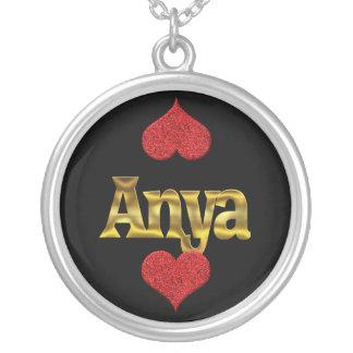 Collar de Anya