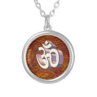 Collar de cadena de OM, símbolo hindú de la paz