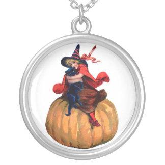 Collar de Halloween de la bruja