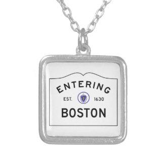 Collar de la señal de tráfico de Boston