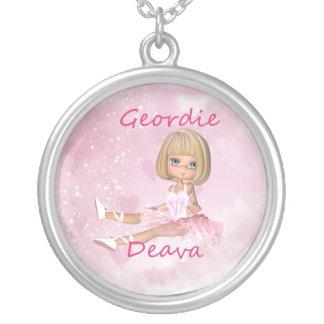 Collar de plata de Geordie Deva - bailarín de ball