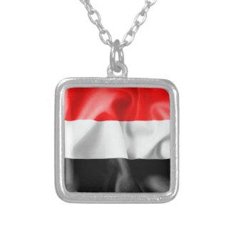 Collar del colgante de la bandera de Yemen