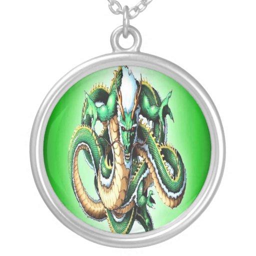 Collar del dragón verde