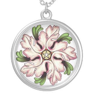 Collar del Pentagram de la flor