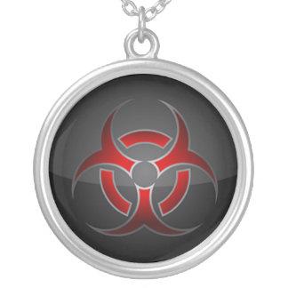 Collar del símbolo del Bio-Peligro