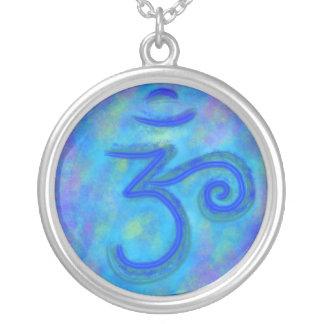 Collar del símbolo del universo de OM