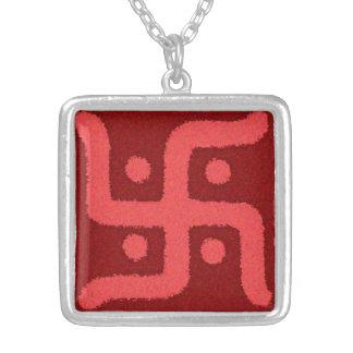 Collar divino de la cruz gamada 2
