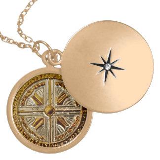 Collar Dorado Llave porta angelical - talismán de Michael del