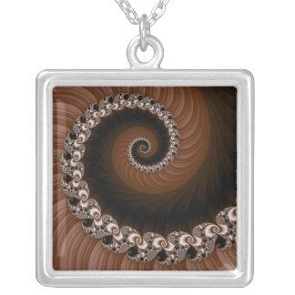 Collar espiral de Brown del fractal