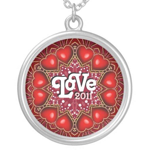 Collar eterno 2011 del círculo del amor de los cor