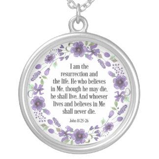 Collar floral de la cita de la vida de la biblia