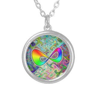 Collar infinito del arco iris