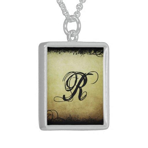 Collar inicial elegante (2) 'R