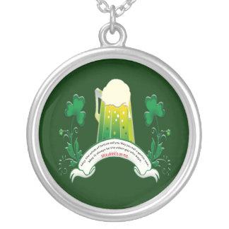 Collar irlandés de la tostada