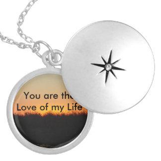Collar Plateado Amor de mi Locket de la vida