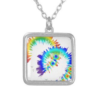 Collar Plateado anillos del arco iris