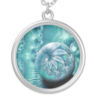 """Collar Plateado Arte de encargo del fractal de la """"serenidad II"""""""